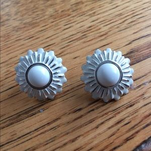 Vintage earrings white